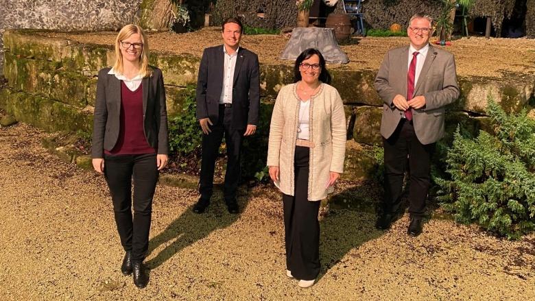 v.l. Valérie Neumann, Manuel Hailfinger MdL, Ann-Cathrin Müller, Michael Donth MdB